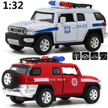 Hot Sale 1:32 alloy off-road cars fire engines Pull Back model car toy opening doors Music Diecast car toy the boys favorite