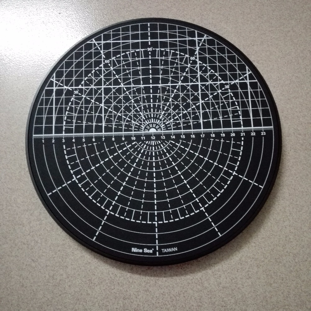 Self Healing Rotating Cutting Mat Multi-function Rotary Patented Rotating Disk Circle Cutting Plate Table (Random Color) No.509<br>