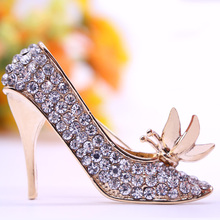 2017 New Design Fashion Jewelry Rhinestone High Heeled Shoes Brooch King Crystal Brooches Pins For Women Wholesale Free Shipping(China)