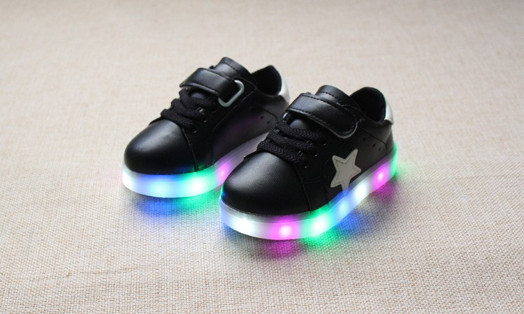 New 17 Cool LED lighted fashion new brand breathable children shoes cute little baby girls boys shoes kids sneakers 9