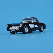 The Chevrolet 1:32 Version of The Classic Vintage Car Back Light Alloy Pull Back Car Toy Vehicle(China)