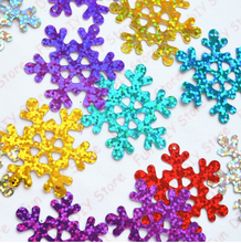 100pcs/lot 40mm Christmas Snowflake paillette multicolor Plastic for Christmas Tree /Window/Showcase Decoration