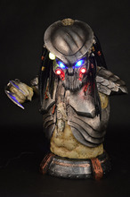 PREDALIEN Predator Alien Life Size Figure Bust Statue  Collectible LED EYES Resin Best Quality Wholesale/Retail Hot NEW 1:1