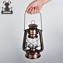 Shipping retro outdoor lighting 18650 battery charging portable LED emergency camping tent decoration kerosene lantern SD17(China)