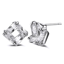New Fine Jewelry Earring Piercing Bijoux Fashion Sparkling Four Sides Hollow Square Stud Earrings For Women Party Gift