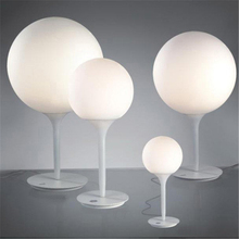 Metal White Glass Ball Table Lamp Designer Modern Office Contemporary Desk Decorations Lamp For Bedroom Living Room Restaurant