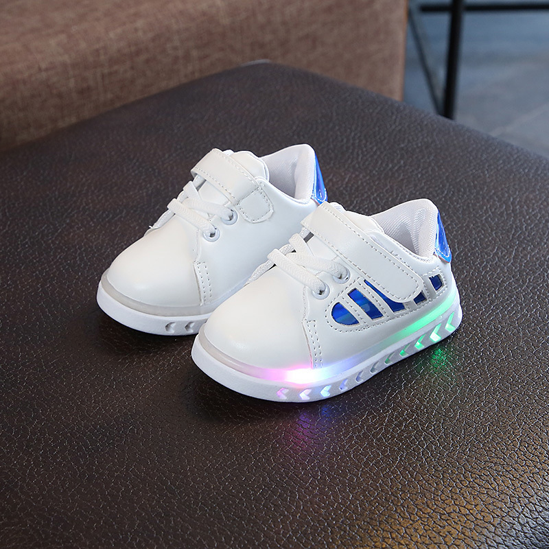 MD Fashion LED Lights Sneakers Baby Boys Girls Casual Shoes Kids Unisex Sports Shoes Toddler Size 5 5.5 6 6.5 7 7.5