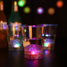 1PC Seven Flash Color Magic LED luminous liquid induction Cup LED flashing glasses for birthday party Halloween Chirstmas gift 2
