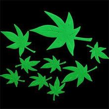 Home Wall Decor Mini Maple Leaf Stickers Glow In The Dark Stars Stickers Kid's Bedroom Living Room ZT