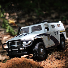 1:32 Alloy car model kids toys police car series Hummer police car Sound and light Back to power Children like the gift