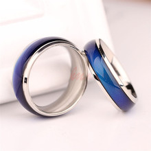 Fashion New Jewelry Moon Shape Color Change Mood Ring Emotion Feeling Changeable Band Temperature Ring(China)