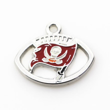 New 20pcs/lot Tampa Bay Buccaneers Football Hanging Dangle Charms Sports Floating Charms DIY Bracelet&bangles Jewelry Accessory(China)