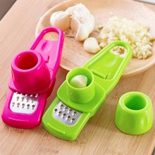 portable multifunctional garlic Presses kitchen gadgets vegetable slicer cooking tools mini cutter Ginger Garlic Grinding Grater(China)
