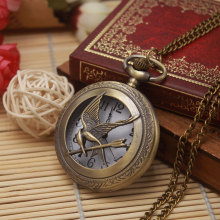 Pocket Watch Charming Antique Metal Necklace Pendant Hunger Games Bird Arrows Bronze Vintage Jewelry  Men Women Relogio De Bolso