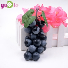 Artificial Fruit Grapes Plastic Fake Decorative Fruit Lifelike Home Wedding Party Garden Decor mini simulation fruit vegetables(China)