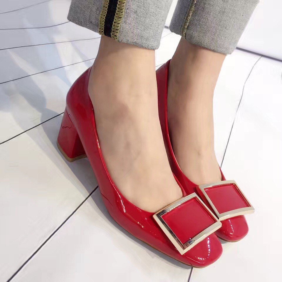 2017 New Arrival Thick High Heel Pumps 6cm Metal Buckle Red High Heel Shoes Wedding Shoes <br><br>Aliexpress
