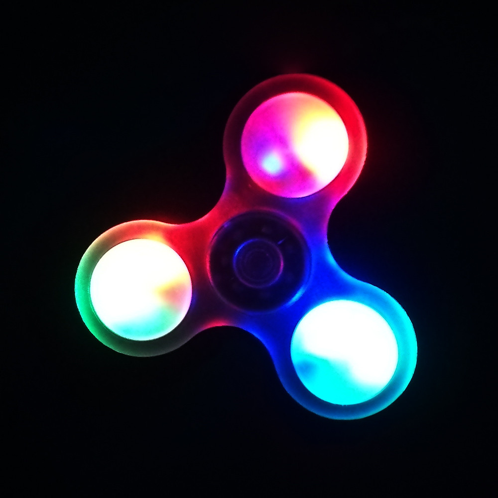 2017 LED Light Luminous Hand Spinner Fidget Toys Triangle EDC Focus ADHD Autism Toys fidget spinner Metal Toys May 29