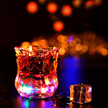 1 pc Water CUP Glass Flash Cups LED Luminous Pineapple Cup For Bars Discos Leisure Parties Dating Gifts 200 ml  A2