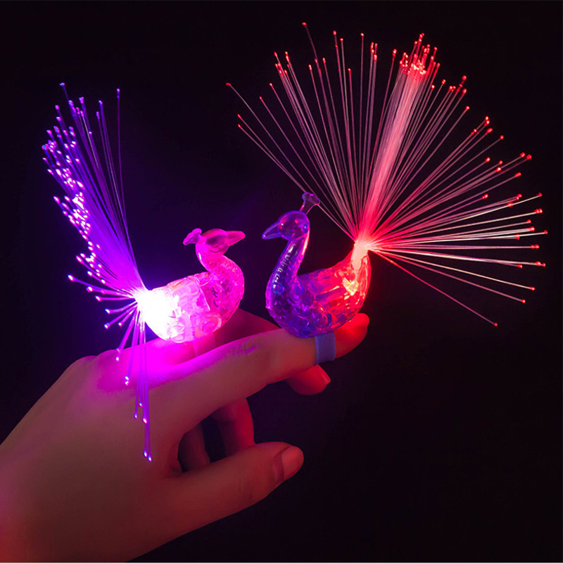 LED Peacock Finger Ring Party Peacock Led Fiber Bright Lights Beam Torch Fun Flashing Event & Party Supplies peacock design(China)