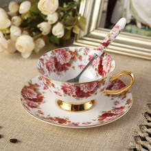 British Royal Bone China Flower Coffee Cup Ceramic Tea Cup Saucer Spoon Set Advanced Porcelain 200ml Teacup for Gift Cafe