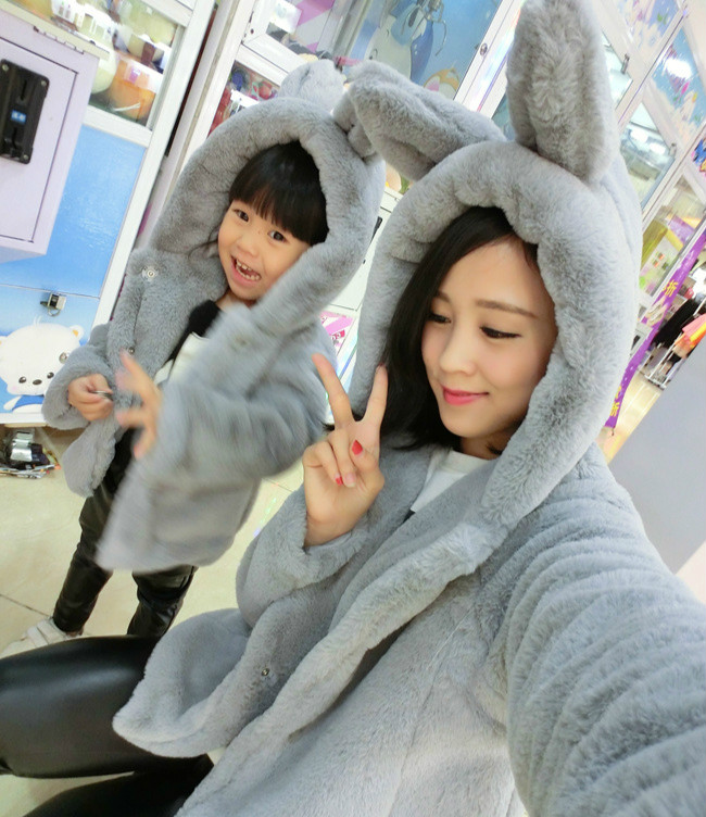 2016autumn winter new mother and child installed solid color three-dimensional rabbit ears tail plush hood loose coat<br>