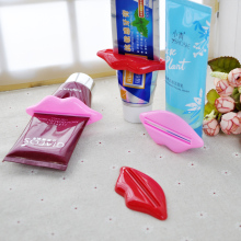 4Pcs  Sexy Hot Lip Kiss Bathroom Tube Dispenser Toothpaste Cream Squeezer Home Tube Rolling Holder Squeezer