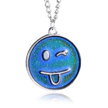 2017 New Smile Necklace Changing Color Necklace Mood Emotion Feeling Temperature Pendant necklace Fashion Cute Motion Pendant(China)
