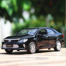 Car Models 1:32 Scale Toyota Camry Alloy Car Toys For Children Vehicle Toy Car-styling Metal Diecast Pull Back Sound Light