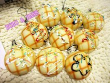 New Cute cream flower Pineapple bun squishy charm / PU mobile phone strap / Wholesale