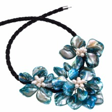 Hot Sale white freshwater pearl turquoises blue 3 flower necklace(China)