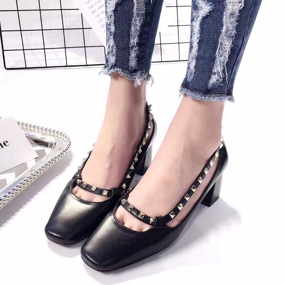 2017 New Arrival Square Toe Low Heel Shoes Black Beige PU Imported Thick High Heel Pumps 5cm Sexy Rivets<br><br>Aliexpress
