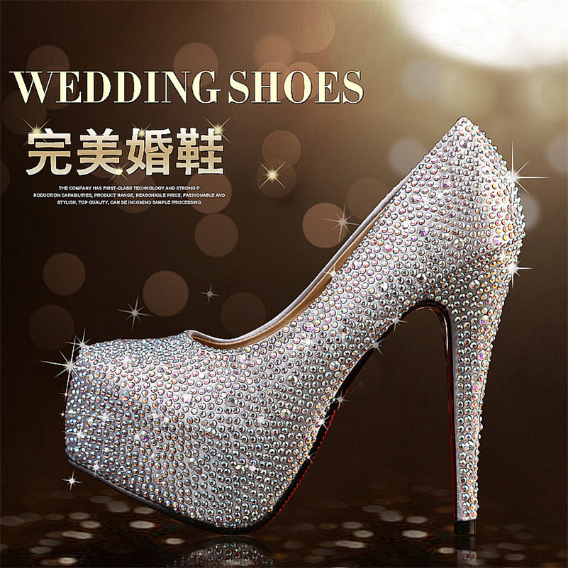 Evening and wedding pumps which