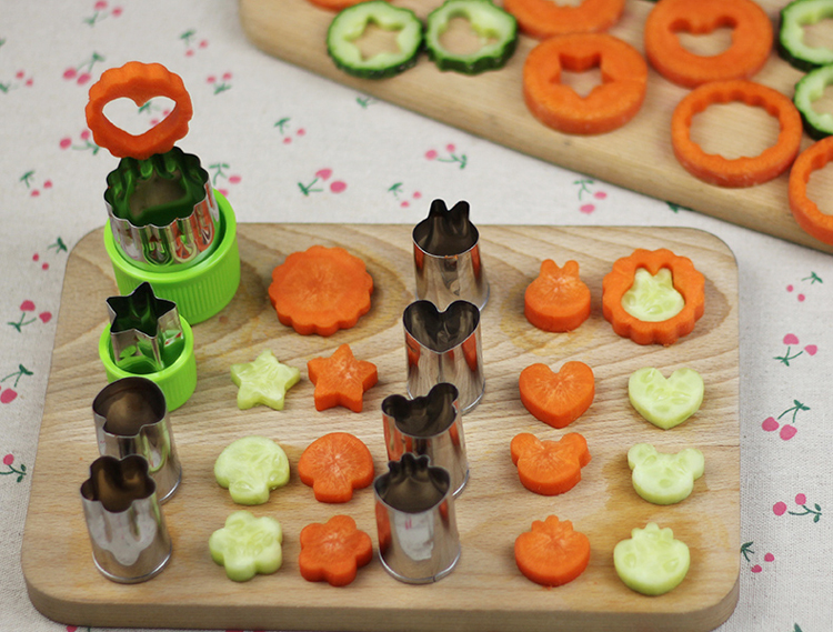 8pcs/Set Stainless Steel Puzzle Fruit Vegetable Cutter Kitchen Tools Mold Flower Shape Cookie Fondant Pastry Mould Accessories 8