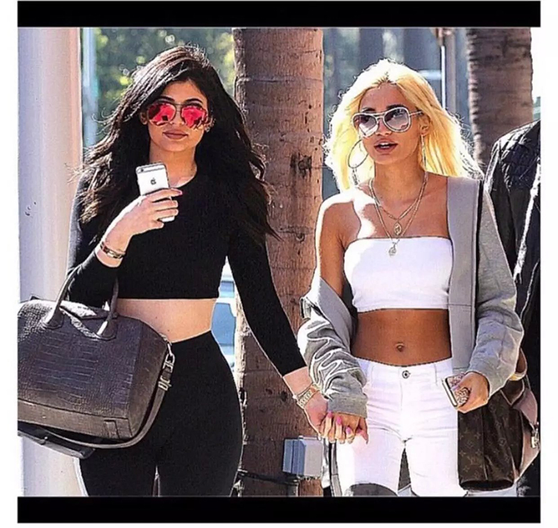 BONJEAN Kyliejenner Fashion Women Stapless Tube Tops Female Bra With Chest Pad 17 Sexy Summer Pink Soft Elastic Bras Bandeau 17