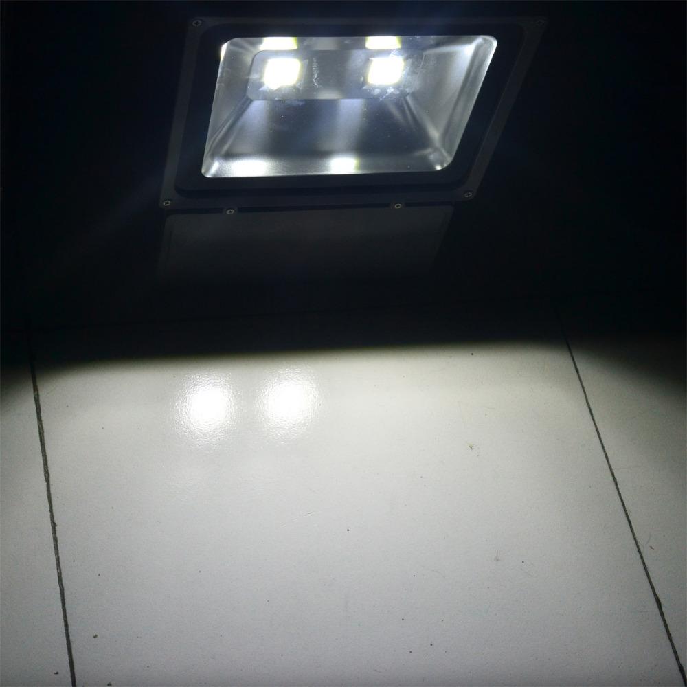 LED-Flood-Light-100W-Floodlight-IP66-Waterproof-85-265V-LED-Spotlight-Refletor-LED-Outdoor-Lighting (1)