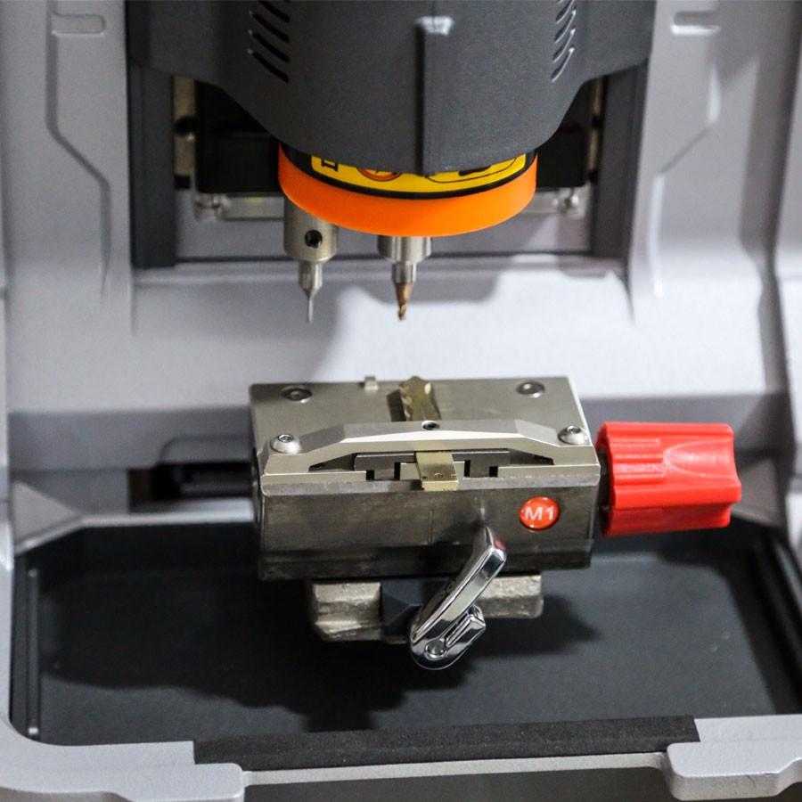 xhorse-condor-xc-mini-cutting-machine-3