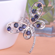 New Blue Crystal Butterfly Brooches Free Shipping Women Unique Gift Love Mark Wedding Bijoux Insect Pins Boaches Innovative Item