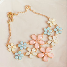 2015 Summer Style Women nice Necklaces Flower Bib Collars Chokers Necklaces Collar Rhinestone Jewelry For  Wedding Gift
