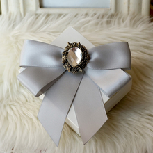 Free shipping NEW Korean fashion MEN'S MALE female groom Groomsmen wedding host bow collar tie and brooch(China)