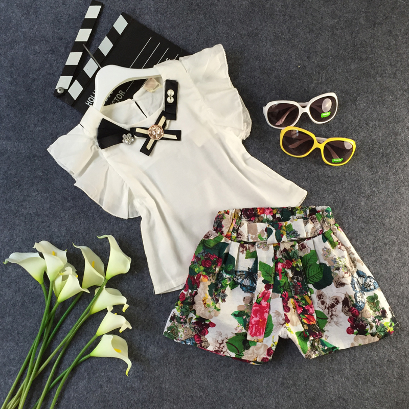 2017 new tollder girls clothing set fly sleeve t shirt+flower shorts teenage clothes suit 4-10T white roupas infantis menina<br><br>Aliexpress