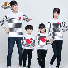 2017 new design family clothing Spring Autumn long sleeve love Stripe father daughter girl boy T-shirt family matching clothes(China)
