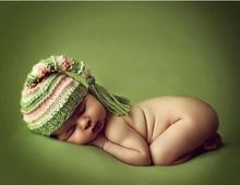 Free shipping,Baby Pixie Elf Hat with Big Pompom Crochet Toddler Christmas Beanie Hat Infant Knitted Photography Props