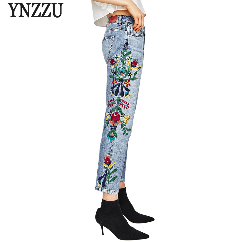 YNZZU Embroidery Flower Women Jeans High Waist Chic Straight 2017 New Autumn Women Denim Pants full Length Mom Jeans YB140Îäåæäà è àêñåññóàðû<br><br>