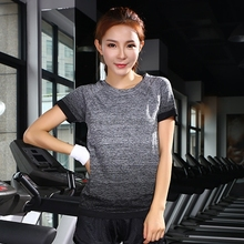 2017 Lulu Yoga shirt Tops Sports apparel Fitness Sportswear Running woman Athletic t shirts Dry Fit Gym Clothing For Women