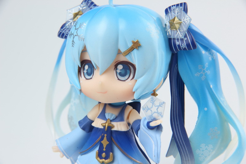Hatsune Miku Mini Action Figure 110 scale painted figure Snow Miku Twinkle Snow Ver. PVC figure Toy Brinquedos Anime (2)