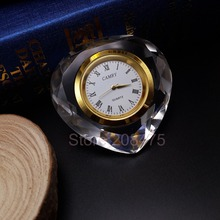 Free Shipping 80mm heart shaped crystal wedding table clock favors souvenirs(China)