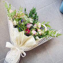 Net Lace Flower Wrapping Paper Korean Novelty Gift Flower Shop Packaging Material Florist Bouquet Gift Packaging 60cm*5 Yard(China)