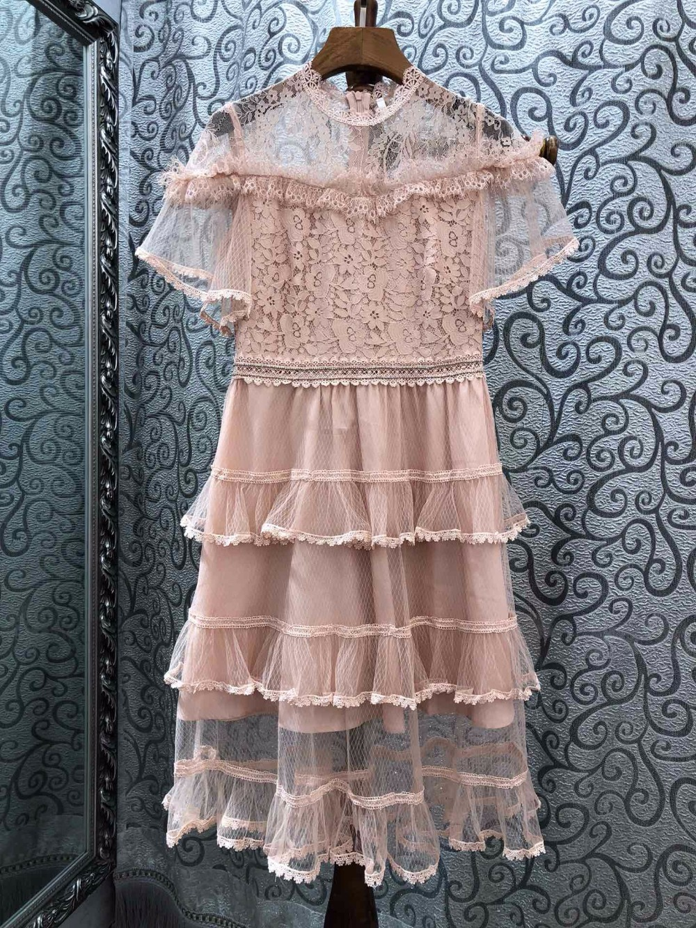 BH04899      High quality New Fashion Women 2019 spring Dress Luxury famous   European Design  party style dress