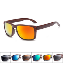 New Mens Wood Grain Sunglasses Men Vintage Eyewear Rivets Coating Glasses Black Brown Frames Male Female Square Sun Glasses