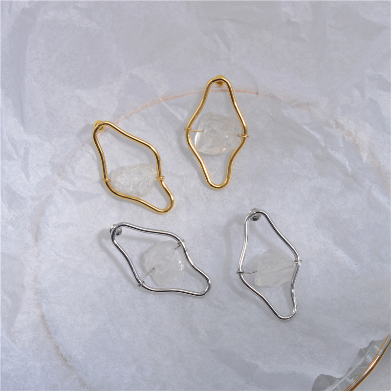 European and American niche design irregular curve crystal exaggerated earrings female simple cold wind French earrings